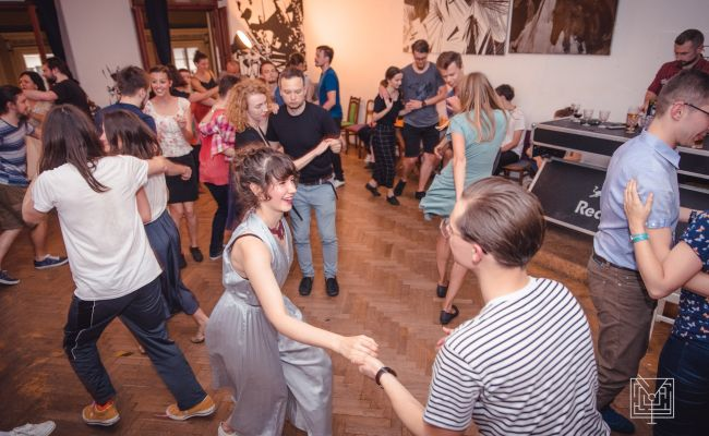 Lindy Hop w Lost Bar